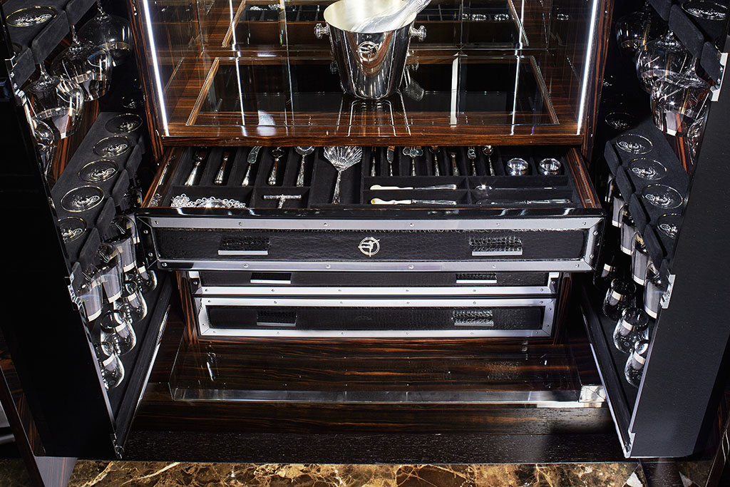 All drawers have been designed to ensure the perfect organisation of cutlery and accessories