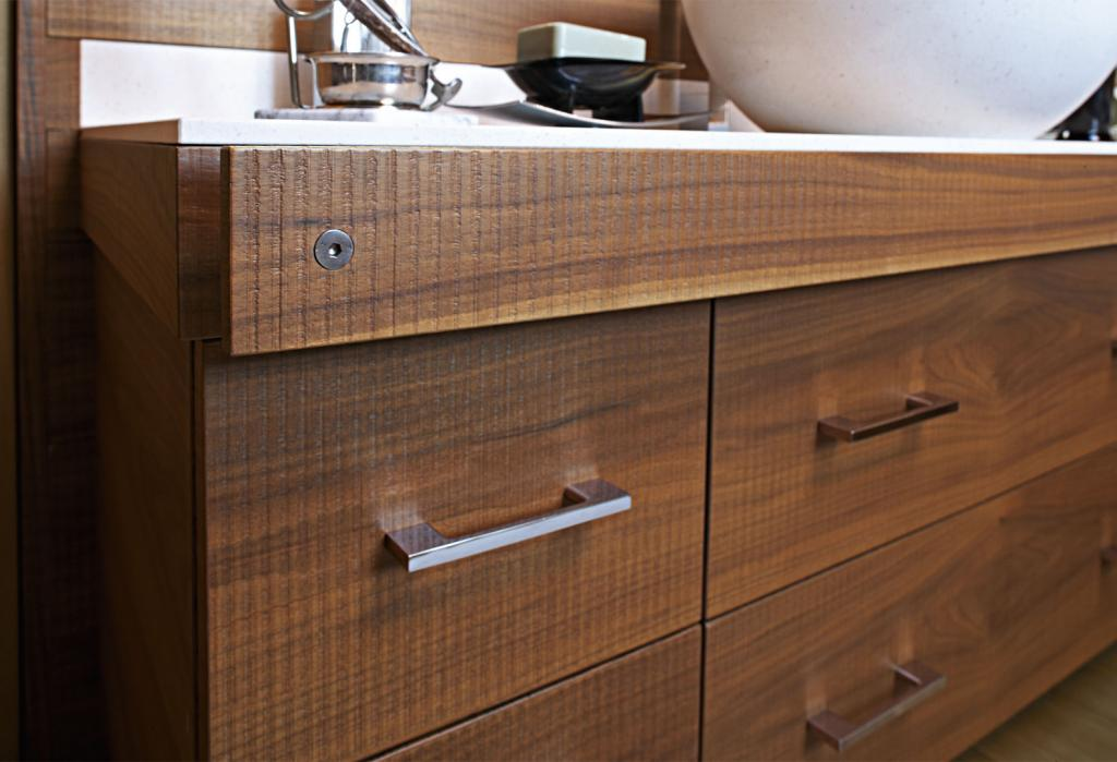 A detail of the sink furniture with vertical sawing