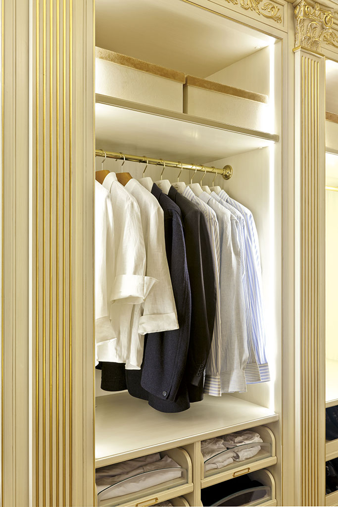 The compartments used for storage of cloths are illuminated at full height