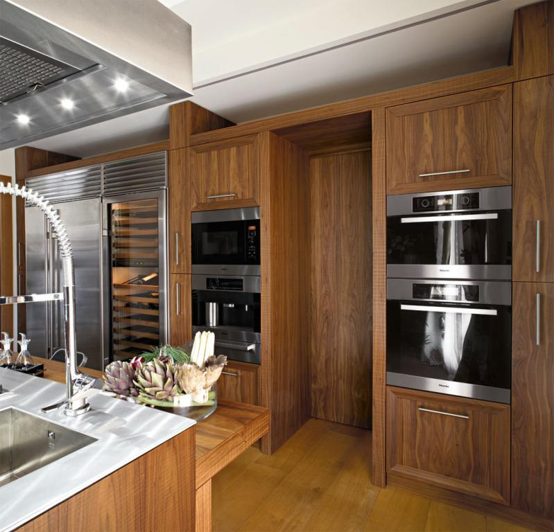 Professional column integrated electrical appliances
