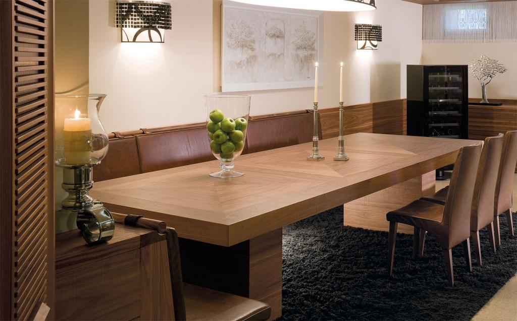 Spacious dining table with surrounding bench